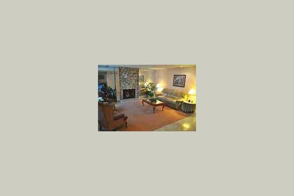 Brookside Inn 32599