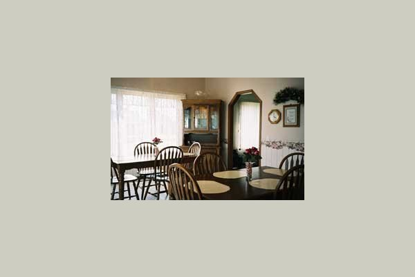 Pine View Living of Sun Prairie 37429