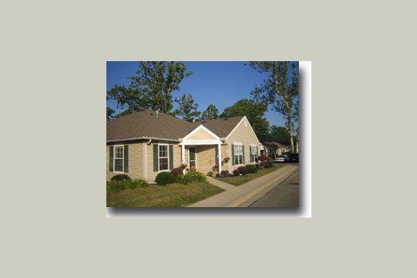 Creekside Villas 21927