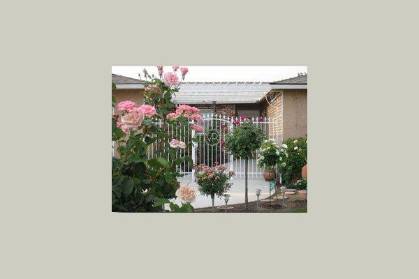 Royal Gardens III 22493