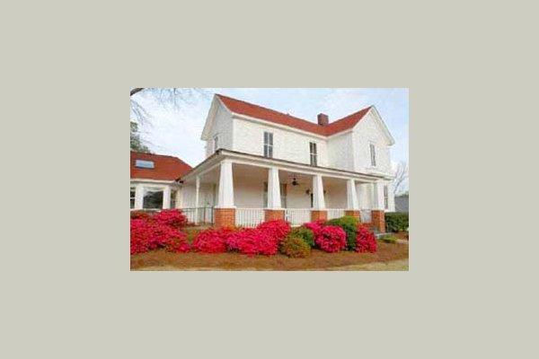 Marietta Living Centre 23330