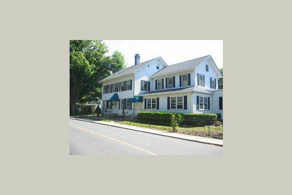 Essex Village Manor 25149