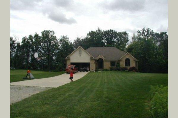 Jolene's Country Home 25523
