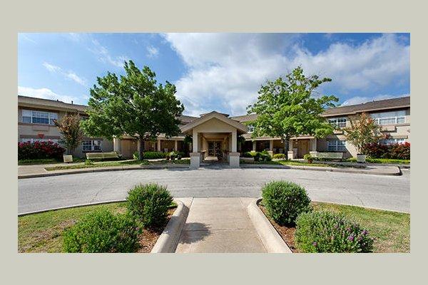 Emeritus at Myrtlewood Estates GYV915_Myrtlewood%2520Estate%2520-%2520San%2520Angelo%2520TX%2520%2520%25282%2520of%252019%2529%2520copy