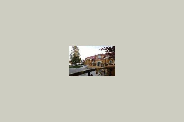 Sungarden Villa 41565