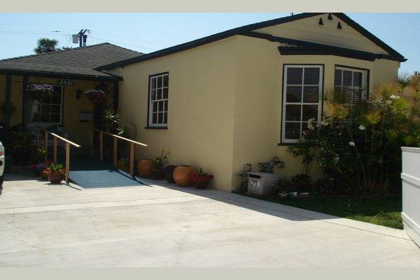 Coastal House 74682