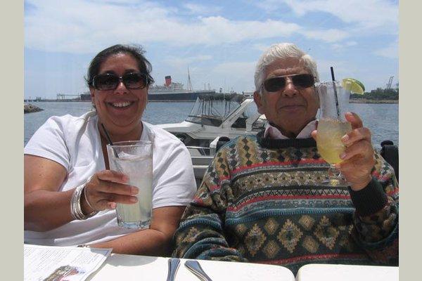 Vintage Cerritos vintage-residents-cheers