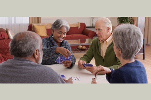 Voorhees Senior Living thumb_activities-05-playing-cards