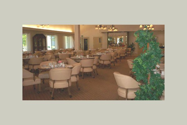 Birchwood at Canco senior_living_dining_portland_maine