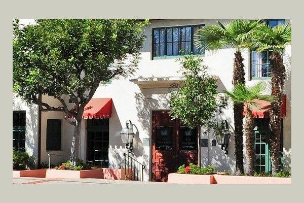 Villa Santa Barbara 111309