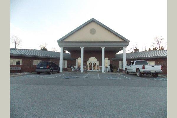 Trousdale Senior Living Center