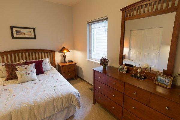 LaConner Retirement Inn in LaConner Washington boasts tasteful decor for discerning tastes.