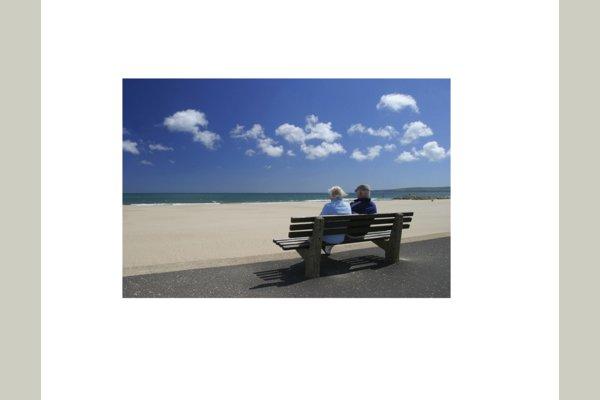 TridentCare Health Services, Inc. Seniors at the beach