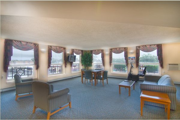 Senior Suites of Chatham 133646