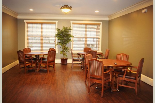Hidden Lake Assisted Living and Memory Care 138507