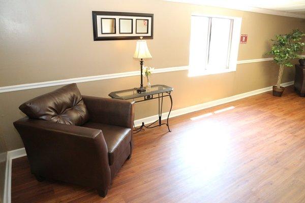 Imperial Senior Suites 143942