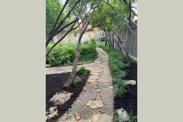 A refreshing botanical garden promoting invigorating exercise, peaceful walks and hands-on activities targeted towards the beautification and care of our fresh herb garden and seasonal flower beds and planters.