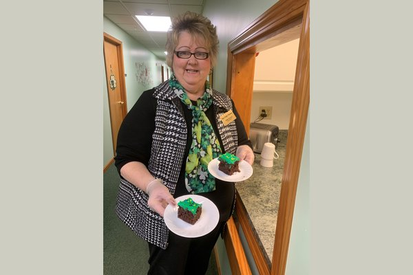 Debbie serves up two roles here at The Oaks Manor!  In one hand she serves as the activities director.  Please share your interests and she can work the things you enjoy into our monthly calendar.  On the other hand, Debbie serves as our community outreach director.  You will absolutely love Debbie.
