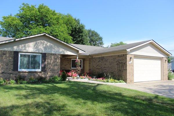 Aiello Adult Foster Care is a 6 bed residential home located in a quiet neighborhood in New Boston (Huron Township), MI