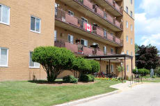 Willowdale Apartments
