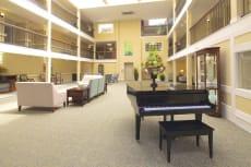 Commonwealth Senior Living at Leigh Hall