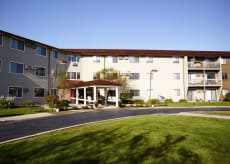 American House Grand Blanc Senior Living