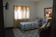 Golden Oaks Assisted Living LLC