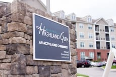 Residences at Highland Glen
