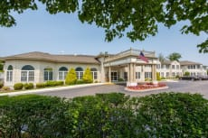 Benchmark Senior Living at Waltham Crossings