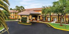 Atria Tamarac - Assisted Living