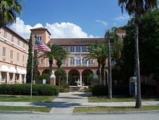 Venice Center for Independent & Assisted Living