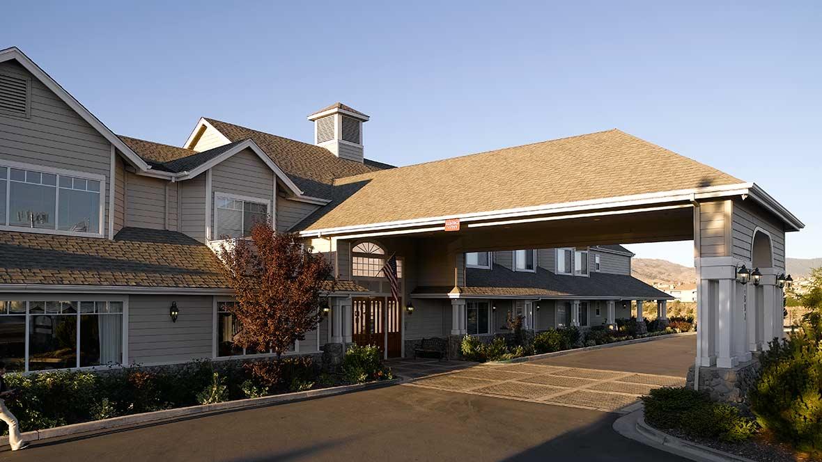 Atria Summit Ridge Community Building
