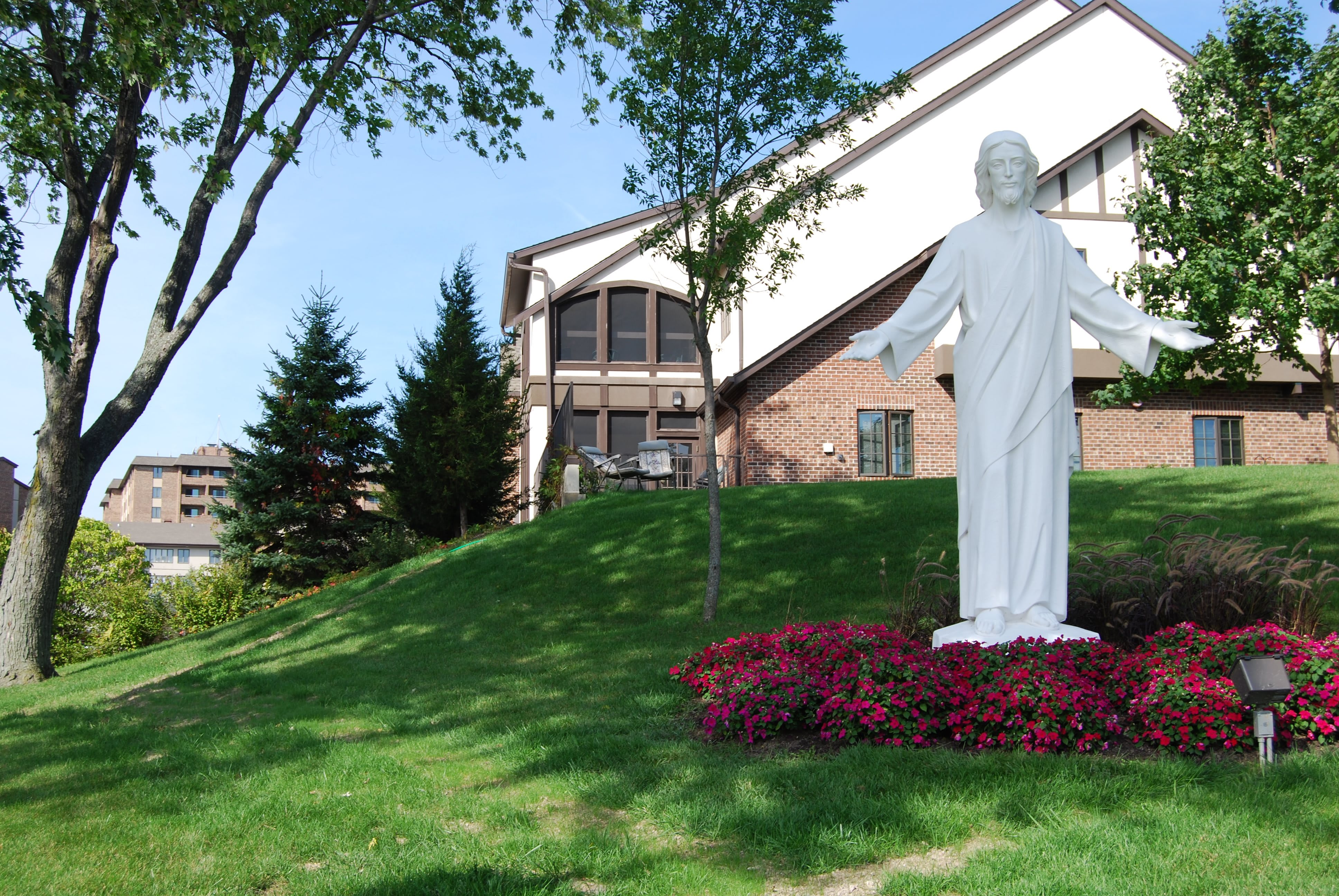 Photo 1 of Ascension Living Alexian Village - Milwaukee (Assisted Living)