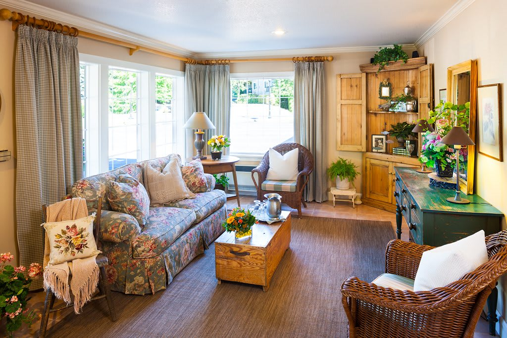 Photo 1 of The Hampton & Ashley Inn