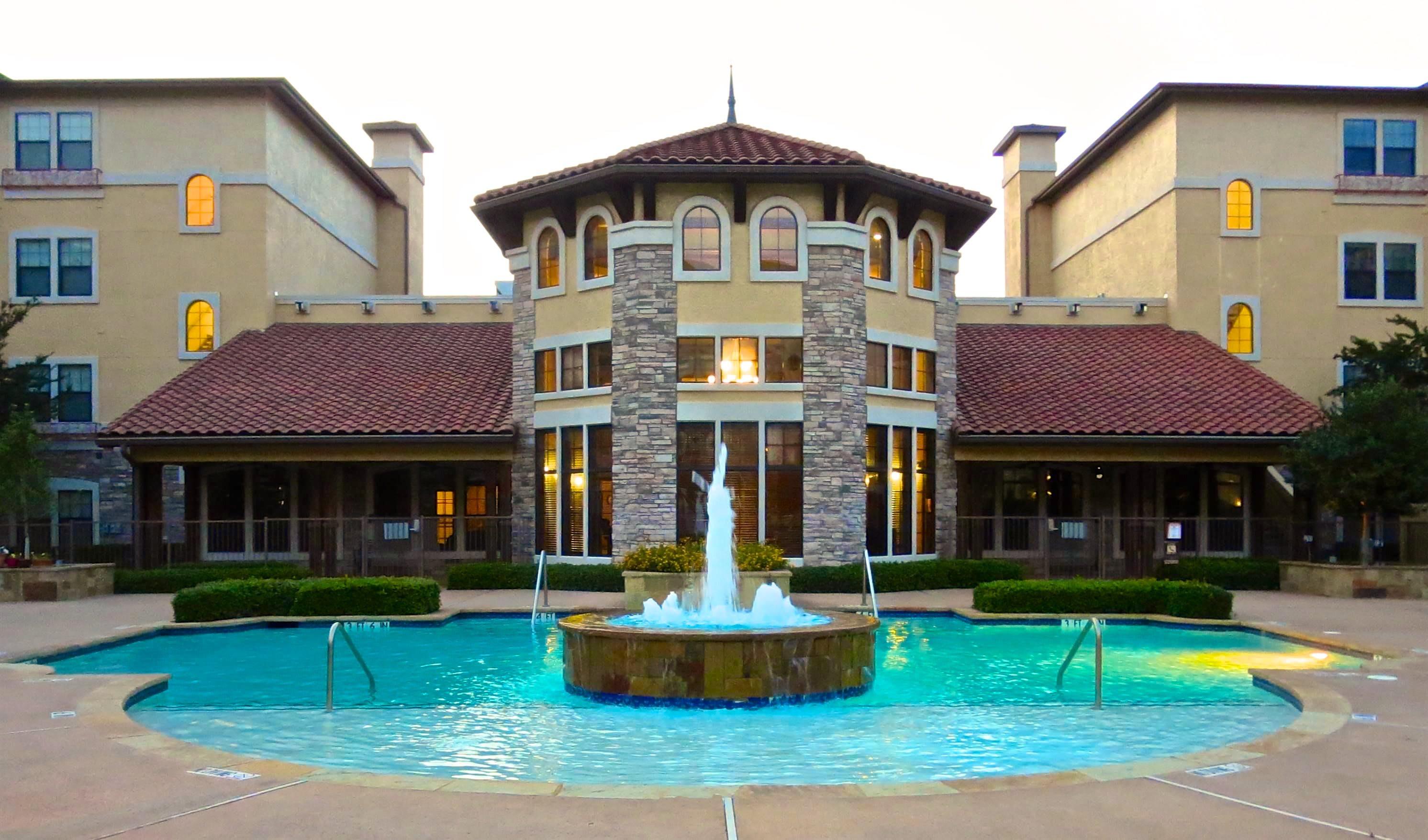 Meridian at Kessler Park swimming pool