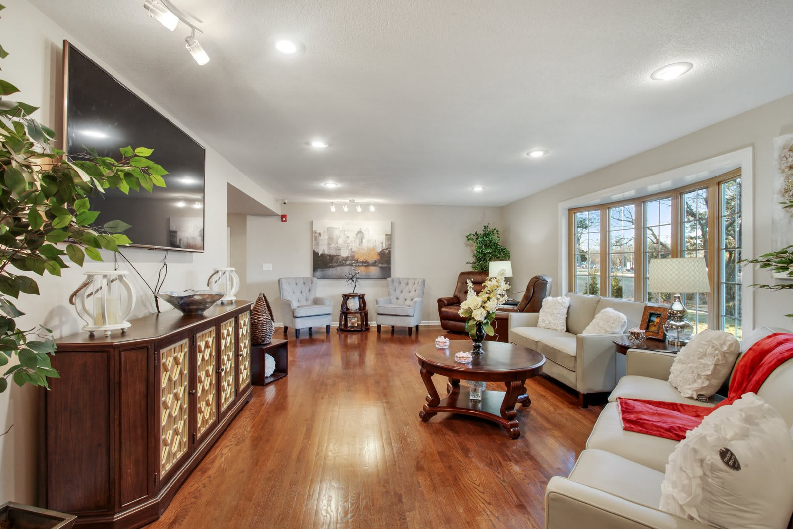 Photo 1 of Golden Oaks Home