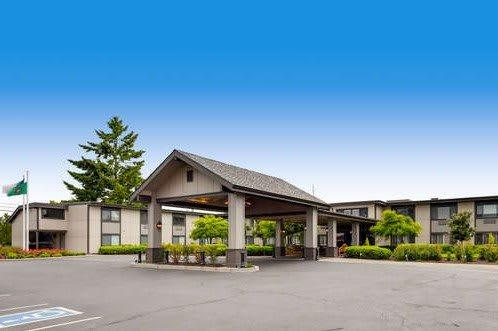 Photo 1 of Cascade Inn