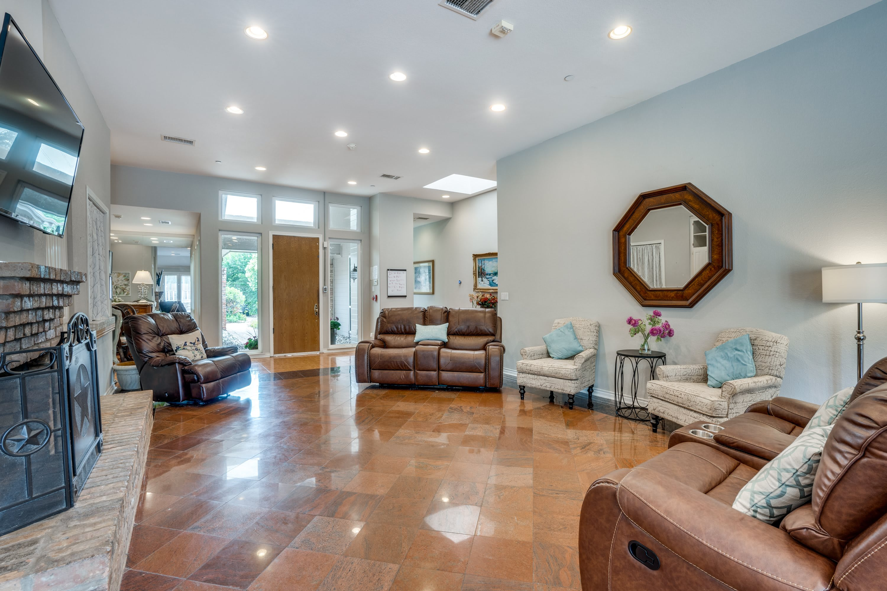 Photo 1 of Avendelle Assisted Living Lavendale