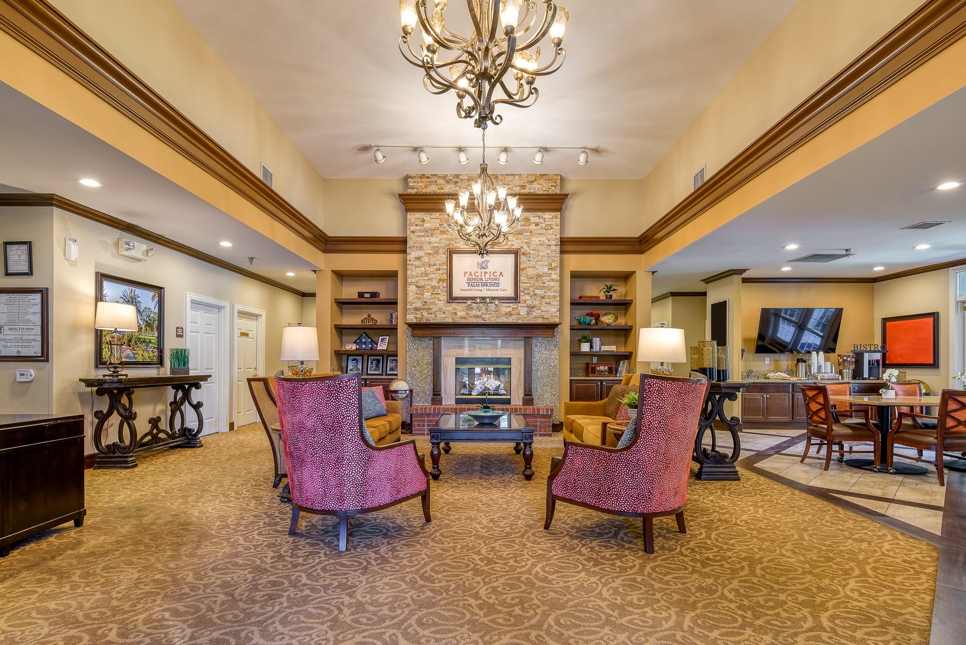 Pacifica Senior Living Palm Springs Indoor Common Area