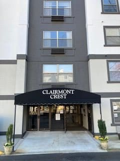 Photo 1 of Clairmont Crest Apartments