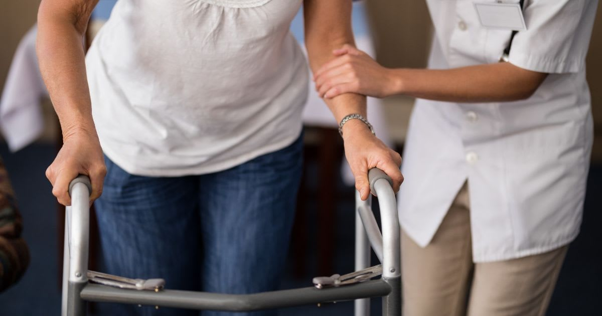 4 Reasons Why Independent or Assisted Living May Trump Living Alone