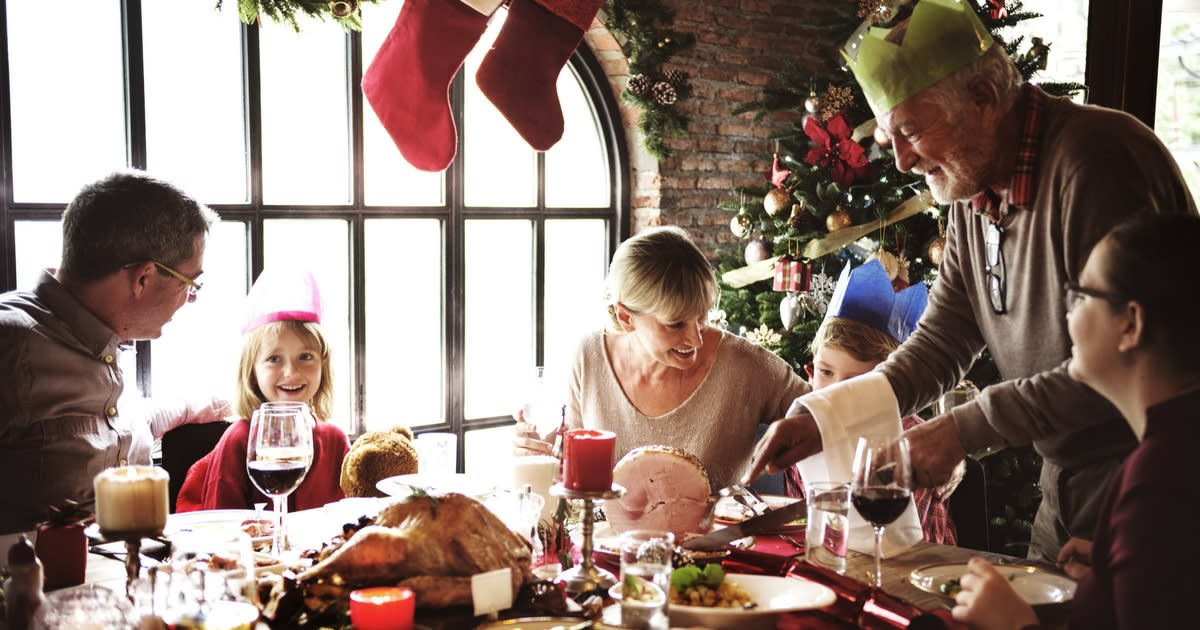 Bringing Home to the Holidays in Assisted Living