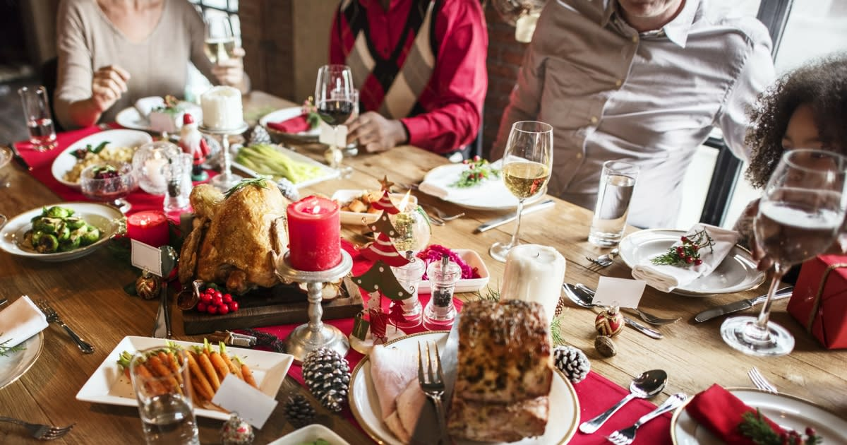 Holiday Dinner – What Role Does Food Play in the Life of Your Family and the Senior You Love?