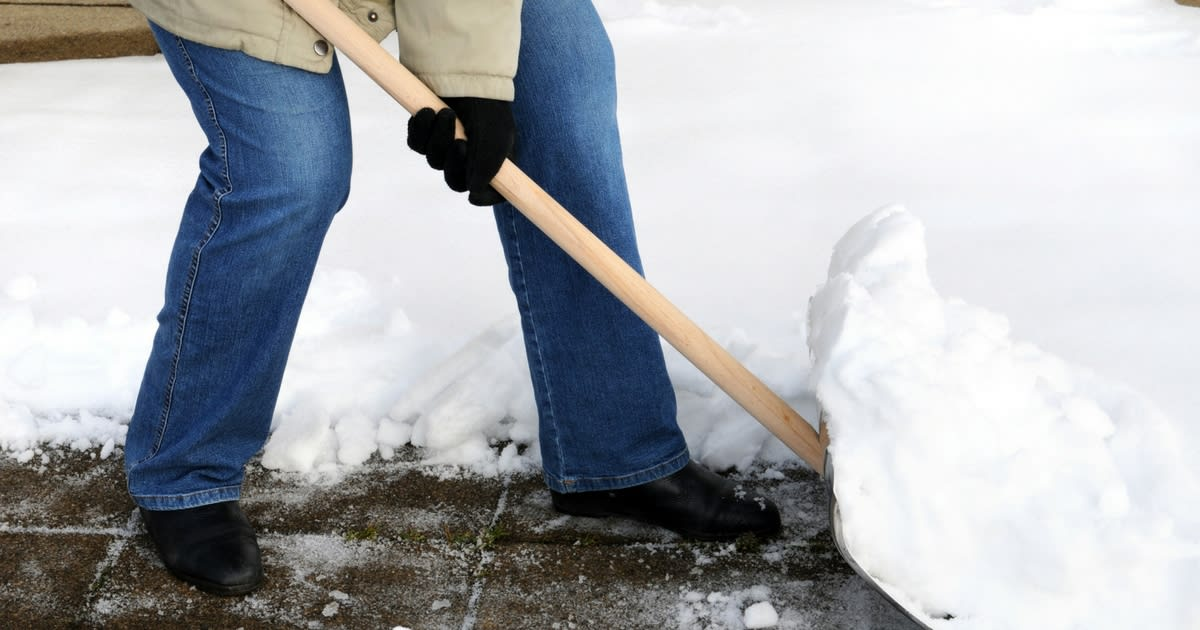 5 Winter Hazards and How Seniors Can Avoid Them