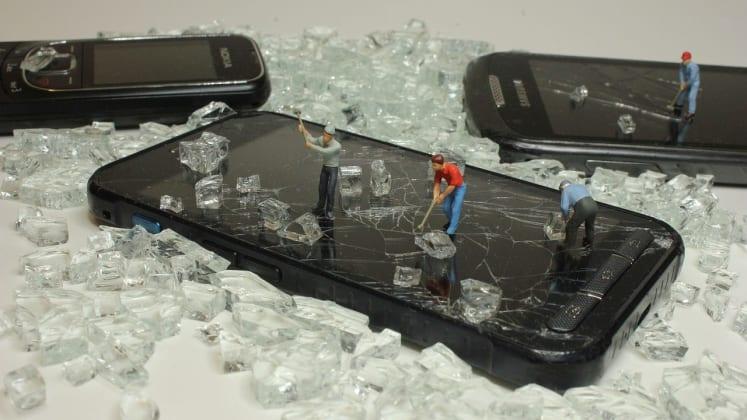 Handy Akkus entsorgen: Wohin mit Akkus & Batterien?