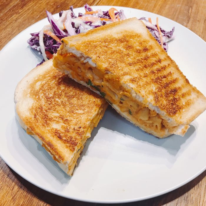 Mac & Cheese Grilled Cheese Sandwich