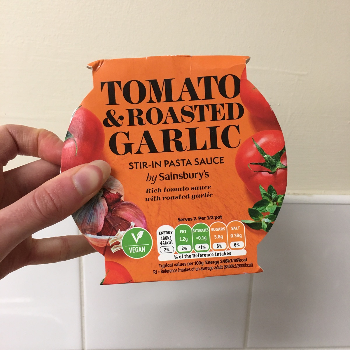 Sainsburys Tomato And Roasted Garlic Stir In Pasta Sauce Reviews Abillion