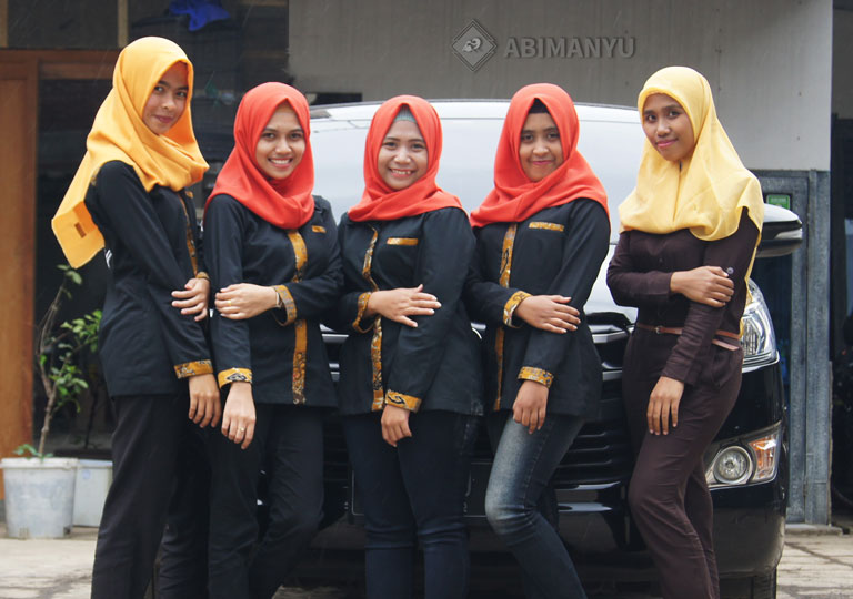 Customer Service Abimanyu Travel