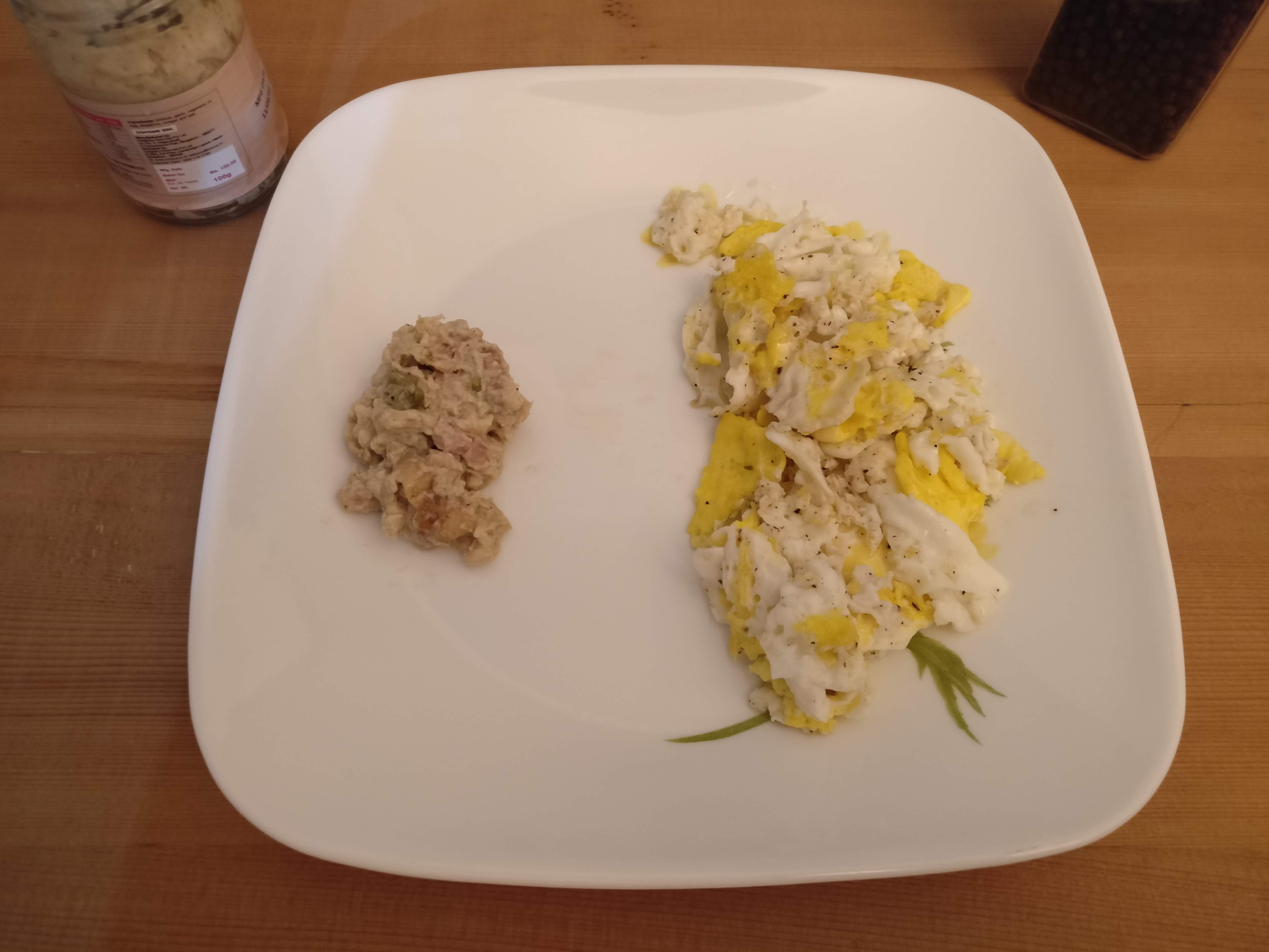 Scrambled Eggs and Chunky Chicken Spread in Garlic Mayonnaise