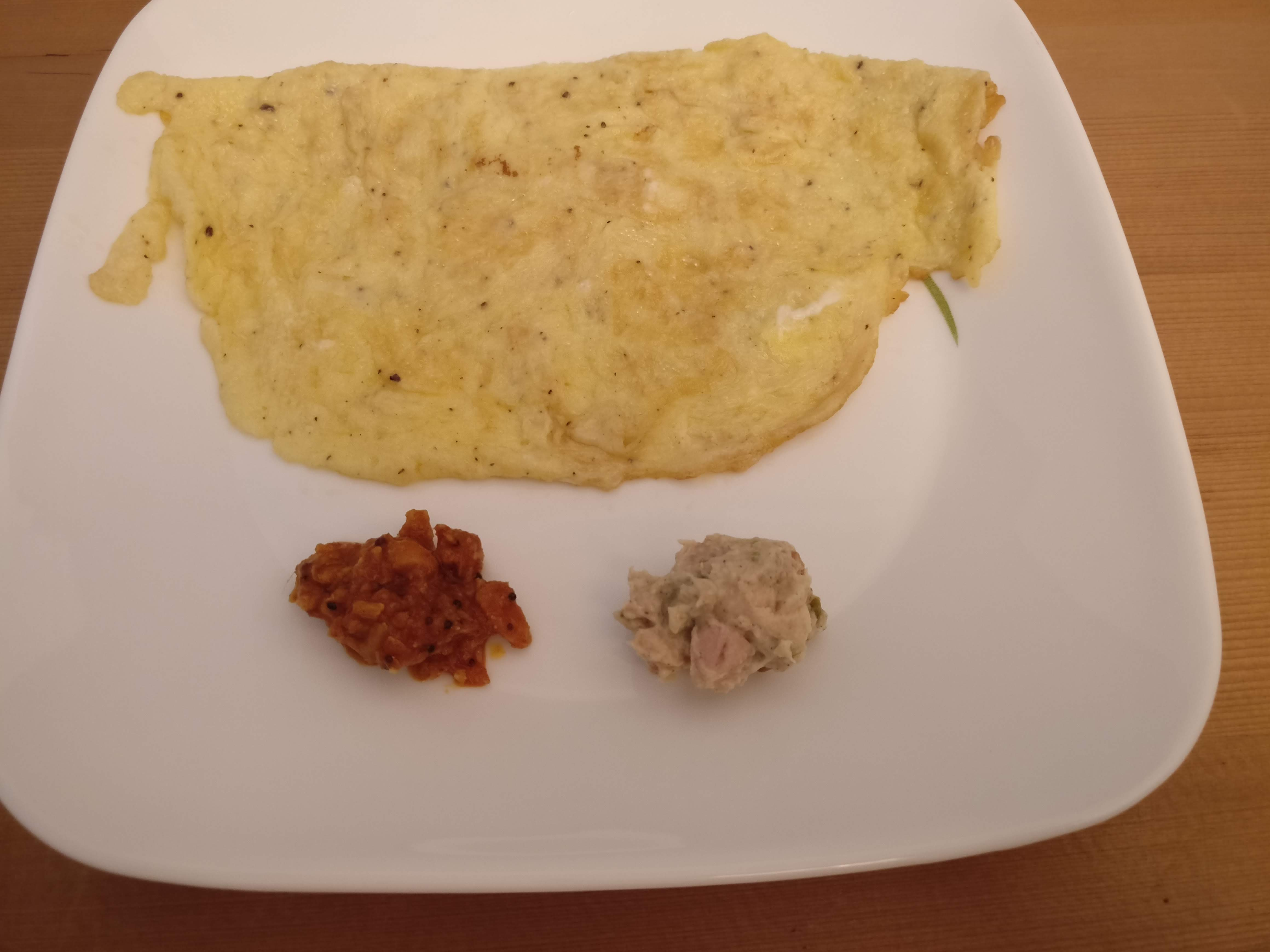 Omelette with Chunky Chicken Spread and Chicken in a Pickle